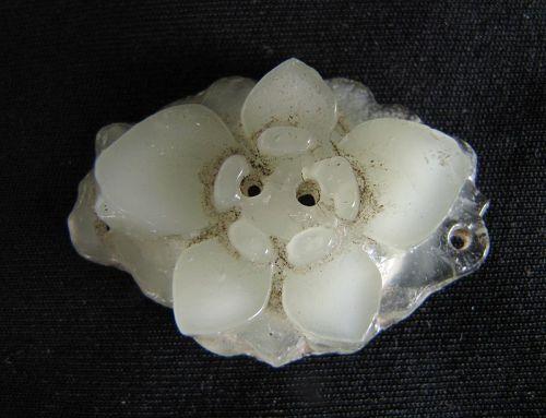 Ming Dynasty Glass Brooch
