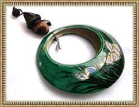Vintage Banko Ware Round Wall Pocket Vase Green Iris