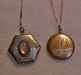 Vintage Locket Jelly Opal Dragons Breath Glass Hough
