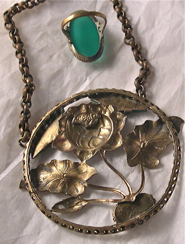 Vintage Foliate Brass Necklace Ring Green Glass Stone Duo