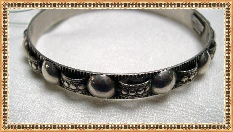 Vintage Peruzzi Sterling Silver Bangle Bracelet