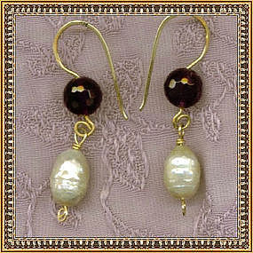 14K Gold Earrings Amethyst Ivory Pearls Drop