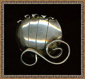Signed Sterling Modernist Leonore Doskow Pin Pumpkin