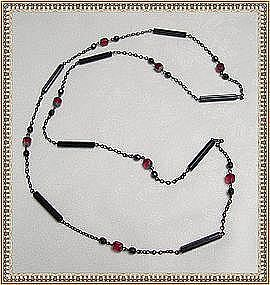 Vintage Art Deco Glass Necklace Japanned Black & Red