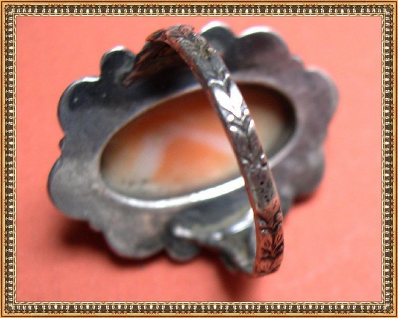 Vintage Unsigned Unmarked Continental Arts Crafts Silver Coral Ring