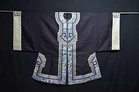 Antique Chinese embroidered silk robe or surcoat,