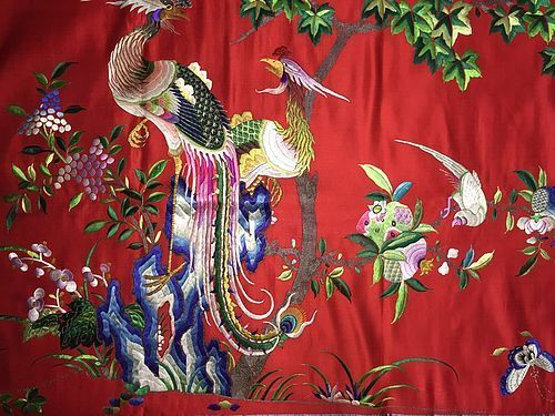 Antique Chinese embroidered silk tapestry 1