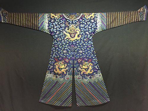 Antique Chinese embroidered summer dragon silk robe - Jifu