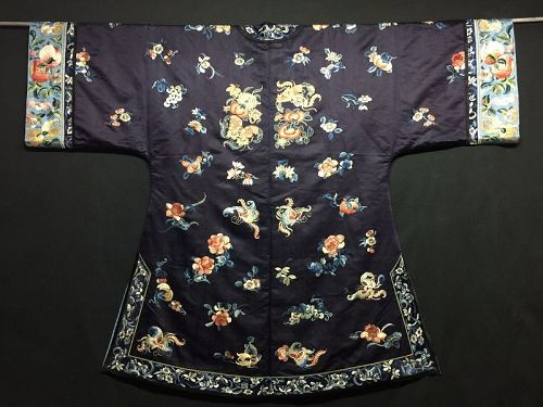 Antique Chinese embroidered Midnight blue silk robe - Large
