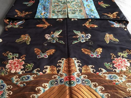 Antique Chinese embroidered silk robe -Forbidden stitch & Gold threads
