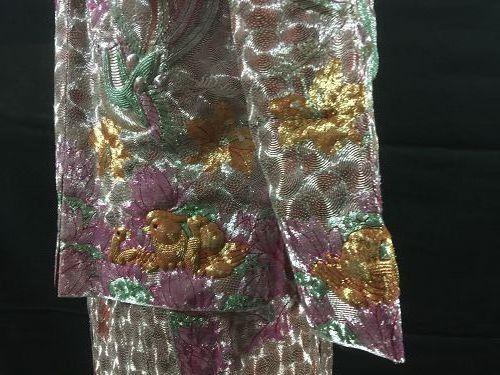 Embroidered Chinese wedding dress - Dragon, Phoenix & Mandarin ducks