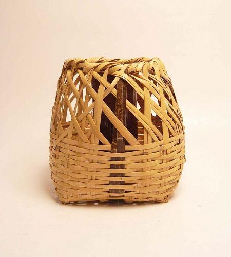 Japanese Hanging Basket by Hayakawa Shokosai��