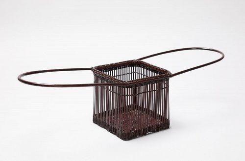 Bamboo flower basket by Tanabe Chikuunsai �