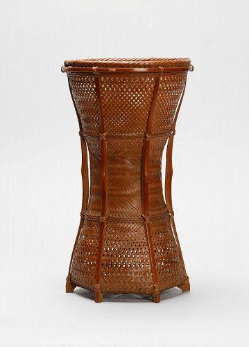 Japanese bamboo flower basket made by Ishikawa Shikai
