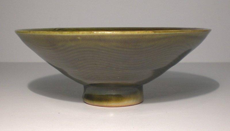 Medieval Green Kushime Shallow Teabowl (1107tb)