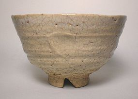 Saka Style Hagi Chawan With Notched Foot