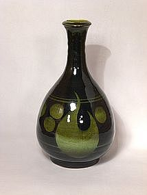 Resist Design Harmony Pattern Vase