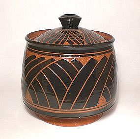 Terra Cotta Tebori Grass Pattern Covered Jar
