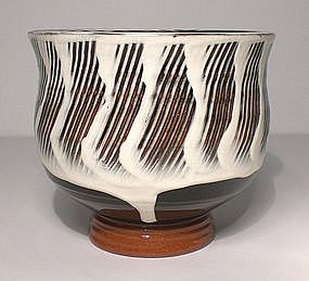 Terra Cotta Black & White Combed Teabowl