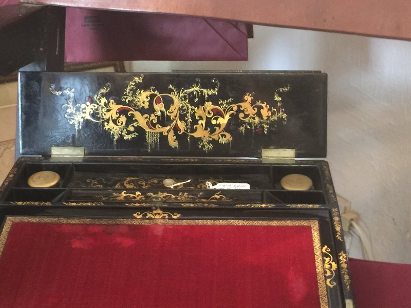 19thc  English High Quality Inlay & Gilt Lap Desk Papier Mache