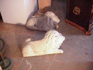 Lions, cast stone (pair)
