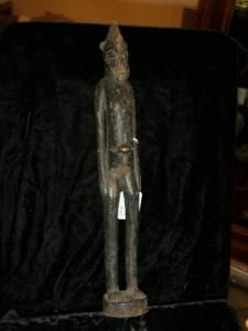 Senofue male figure