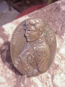 Napoleon bronze oval