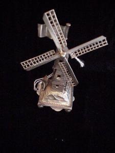 Silver Windmill, Dutch