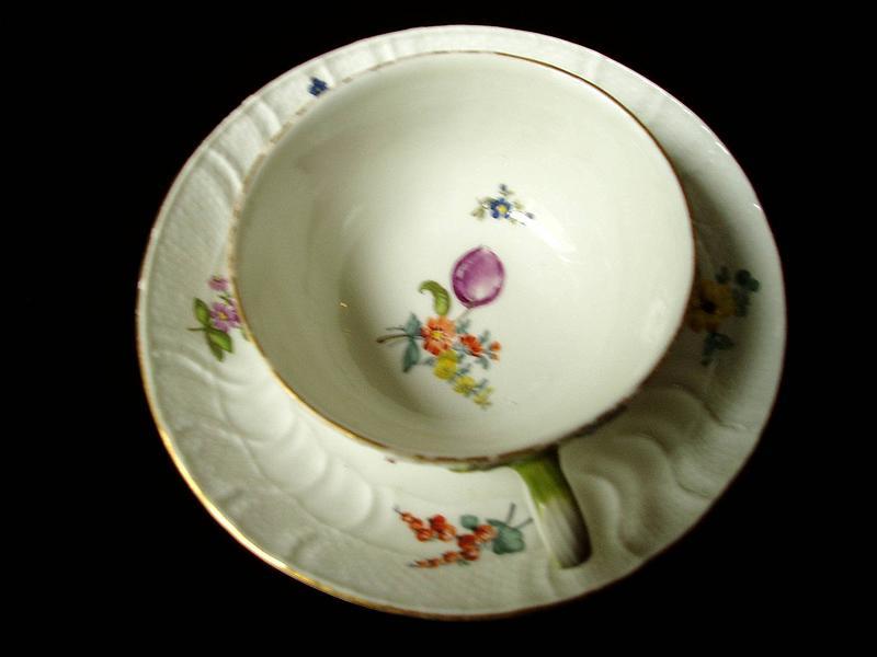 18thc Meissen Cup/Saucer  Handpainted