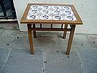 Table fm  12  18thc  Delft Tiles  Floral Motif