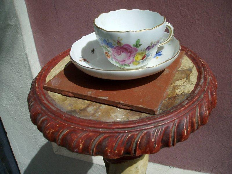 18thc German Porcelain Meissen Cup & Saucer
