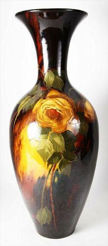 Antique American Weller Aurelian pottery vase made by a German artist.