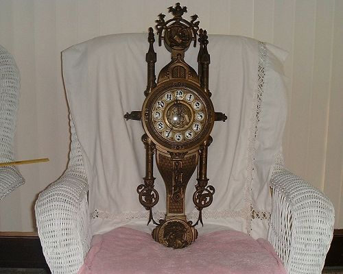 "RARE ANTIQUE CARTEL SOLID BRONZE SPANISH CLOCK  OF ""KING FERDYNAND""."