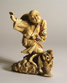 Japanese Ivory Okimono, Fisherman Finds Shell, Meiji