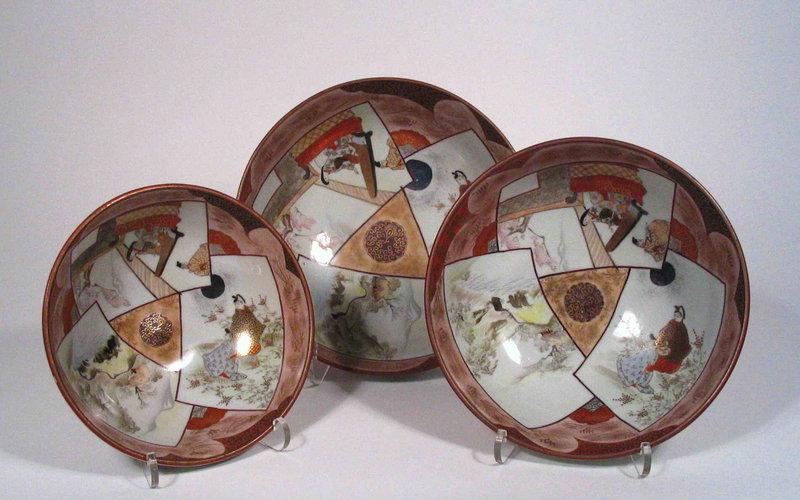 Set of Three Nesting Kutani Porcelain Bowls