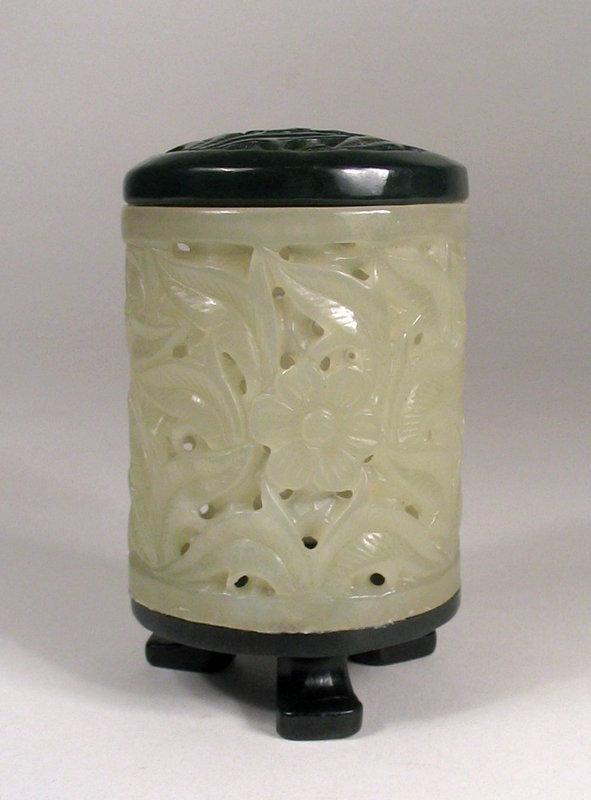 Chinese White and Green Jade Cricket Box