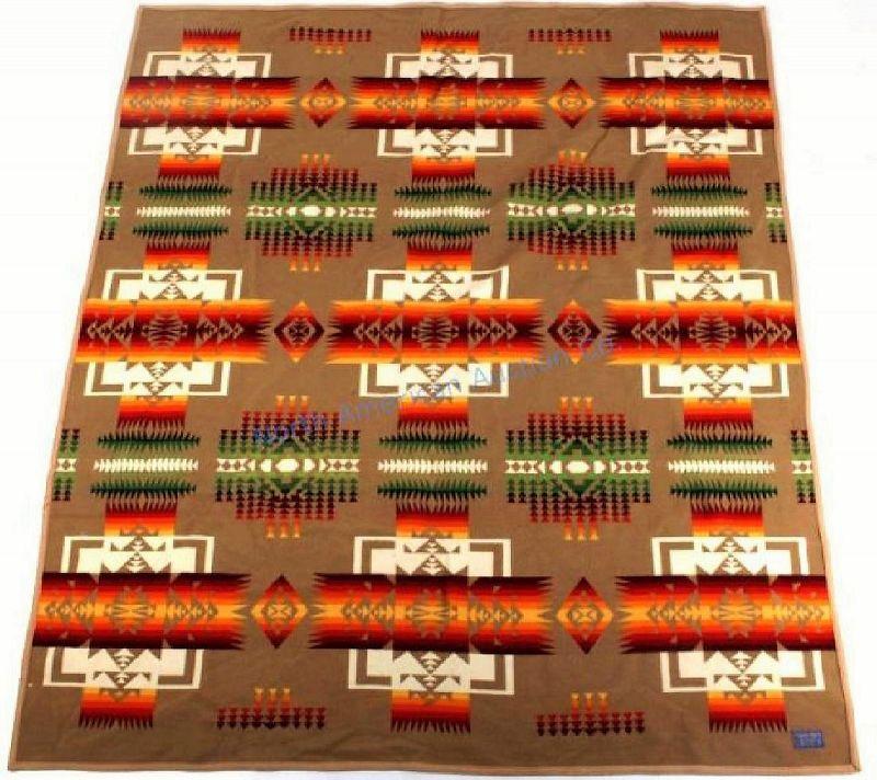 Large Pendleton Indian Pattern Wool Blanket, Beaver State