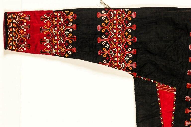 Beautiful Antique Silk Embroidered Tekke Turkmen Coat