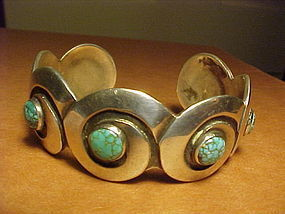 NAVAJO MIKE CARROL WHITE HOGAN STERLING TURQUOISE CUFF