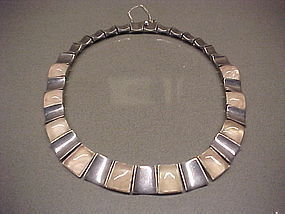 PIEDRA Y PLATA FELIPE MARTINEZ STERLING ROSE QUARTZ NECKLACE