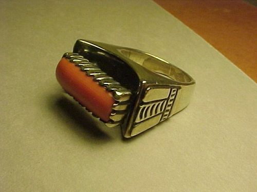 SANTO DOMINGO SILVERSMITH JULIAN LOVATO STERLING CORAL RING