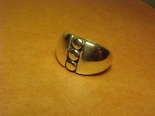 VINTAGE HECTOR AGUILAR 990 SILVER RING
