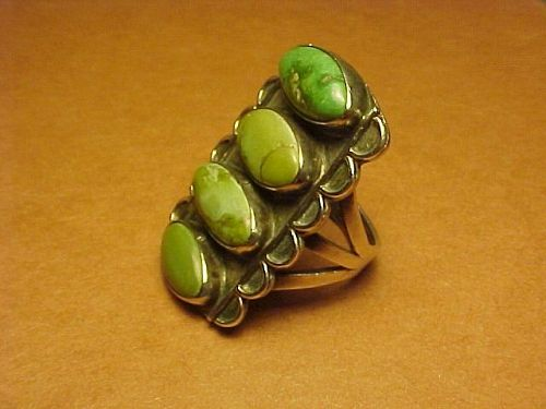 VINTAGE NAVAJO 4 STONE TURQUOISE RING WITH TRIPLE SPLIT SHANK