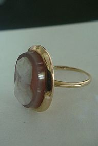 Antique Agate Hardstone 18K Cameo Ring