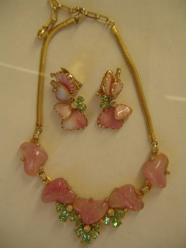 Hobe Pink Slag Hearts Art Glass Necklace & Earrings