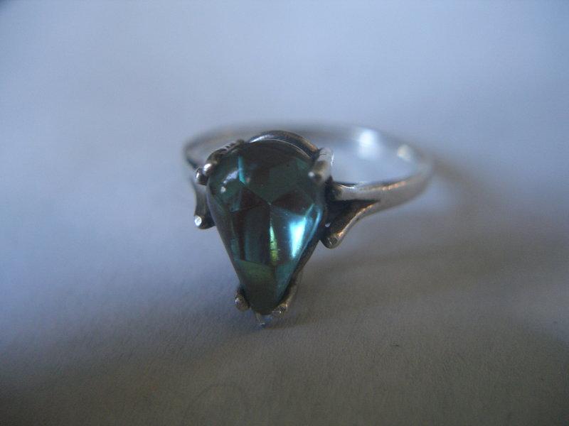Vintage Saphiret Sterling Silver Ring