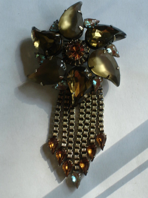 Large Juliana Art Glass SAPHIRET Brooch