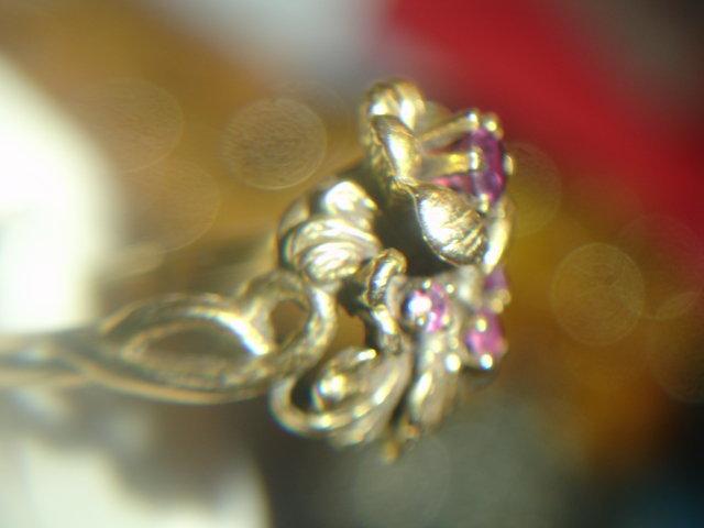 14k Gold Rhodolite Garnet Flower Ring Laguna Beach Sz 6