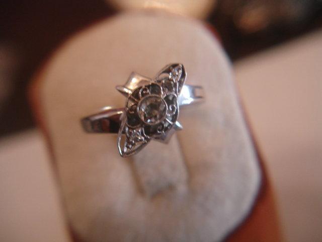 Art Deco 14K White Gold Diamond Ring ~ Estate 2.9dwt