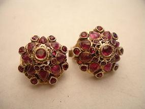 Vintage Ruby & Gold Thai Asian Princess Harem Earrings